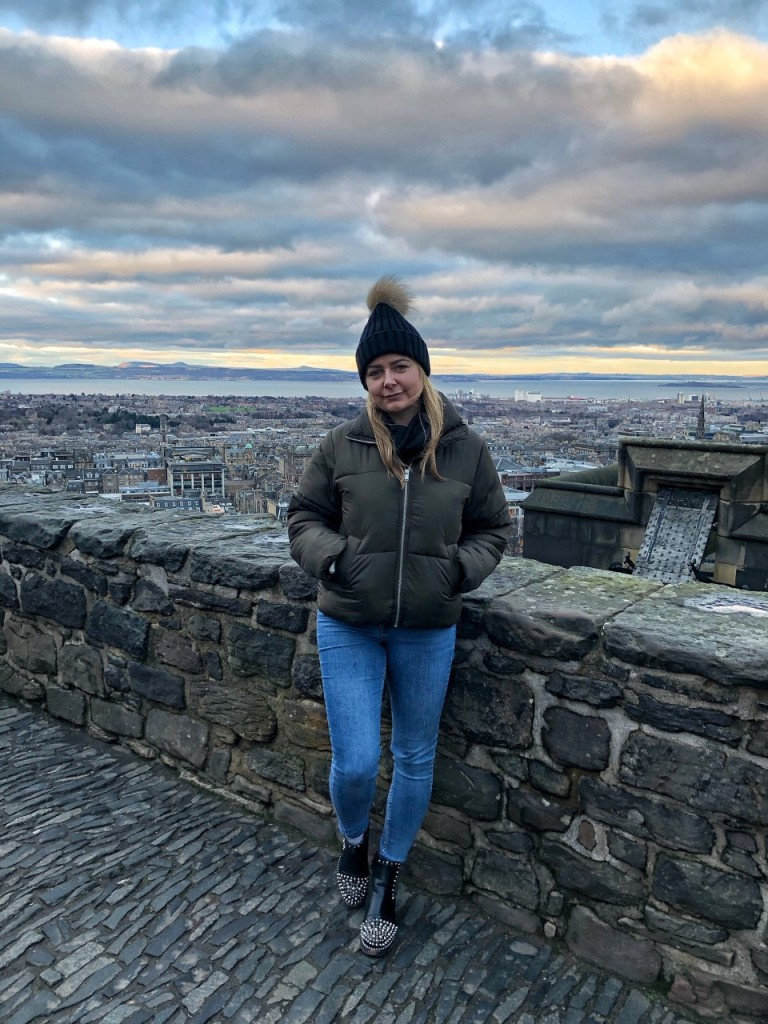 Lady in a wooly hat at Edinburgh Castle