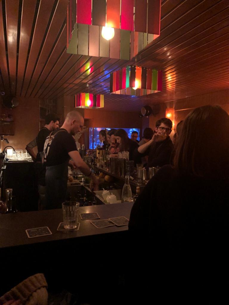 Bluebird bar Paris