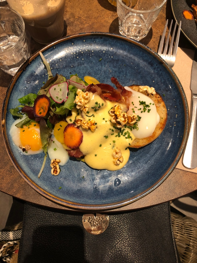 Brunch at Forty Six and Third Paris